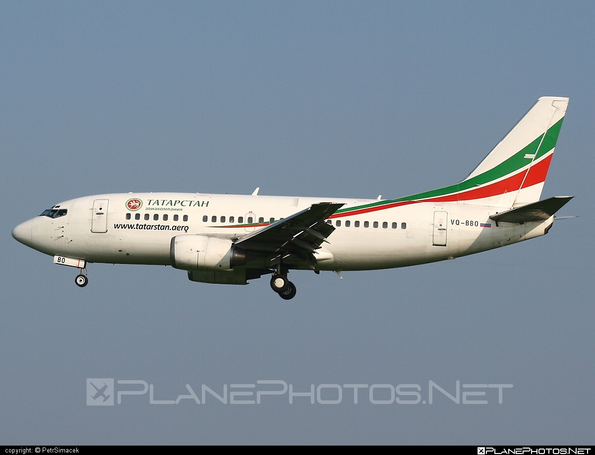 Boeing 737-500 - VQ-BBO operated by Tatarstan Airlines #b737 #boeing #boeing737