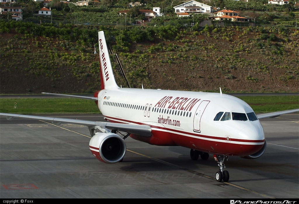 Airbus A320-214 - D-ABDP operated by Air Berlin #a320 #a320family #airberlin #airbus #airbus320