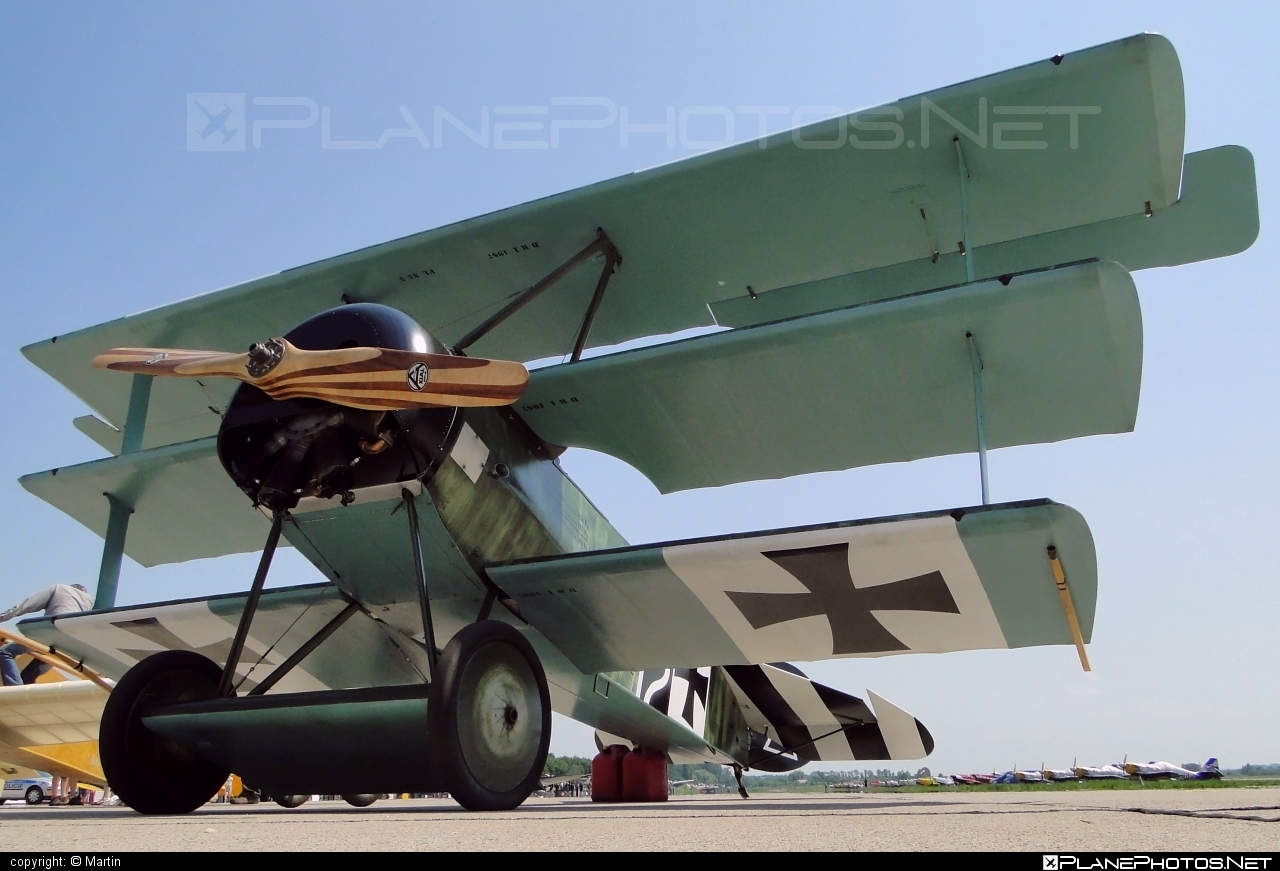 Fokker DR.1 Triplane (replica) - G-CDXR operated by Private operator #fokker
