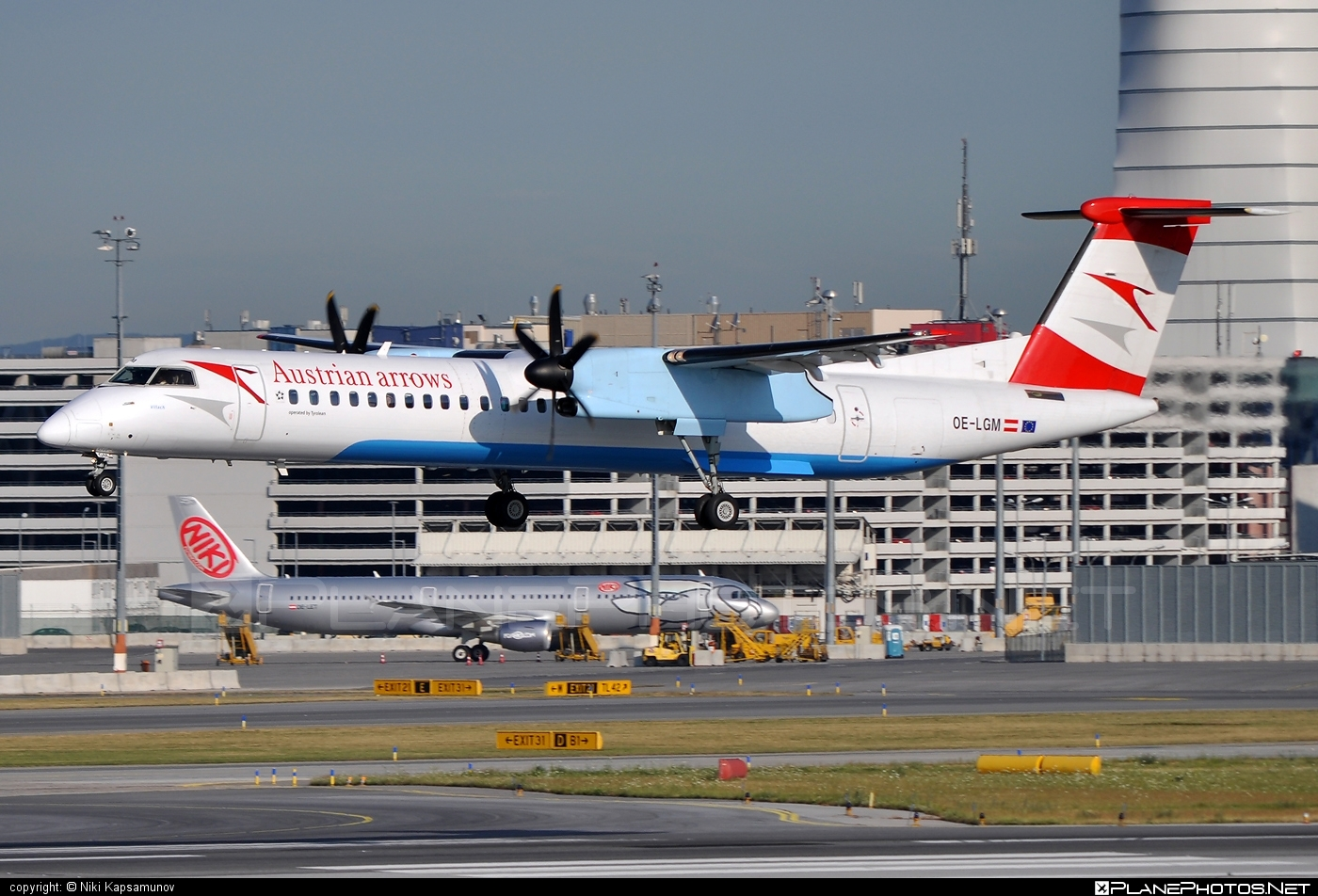 Bombardier DHC-8-Q402 Dash 8 - OE-LGM operated by Austrian arrows (Tyrolean Airways) #bombardier #dash8 #dhc8 #dhc8q402