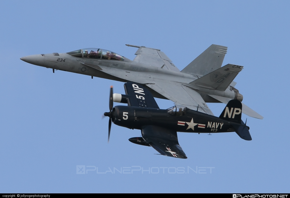 Boeing F/A-18F Super Hornet - 166677 operated by US Navy (USN) #boeing #f18 #f18hornet #f18superhornet #fa18 #fa18f #fa18superhornet #superhornet