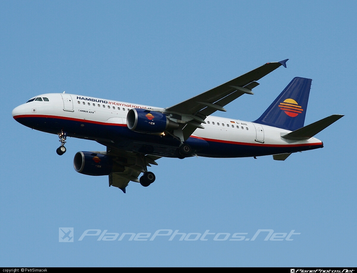 Airbus A319-111 - D-AHII operated by Hamburg International #a319 #a320family #airbus #airbus319