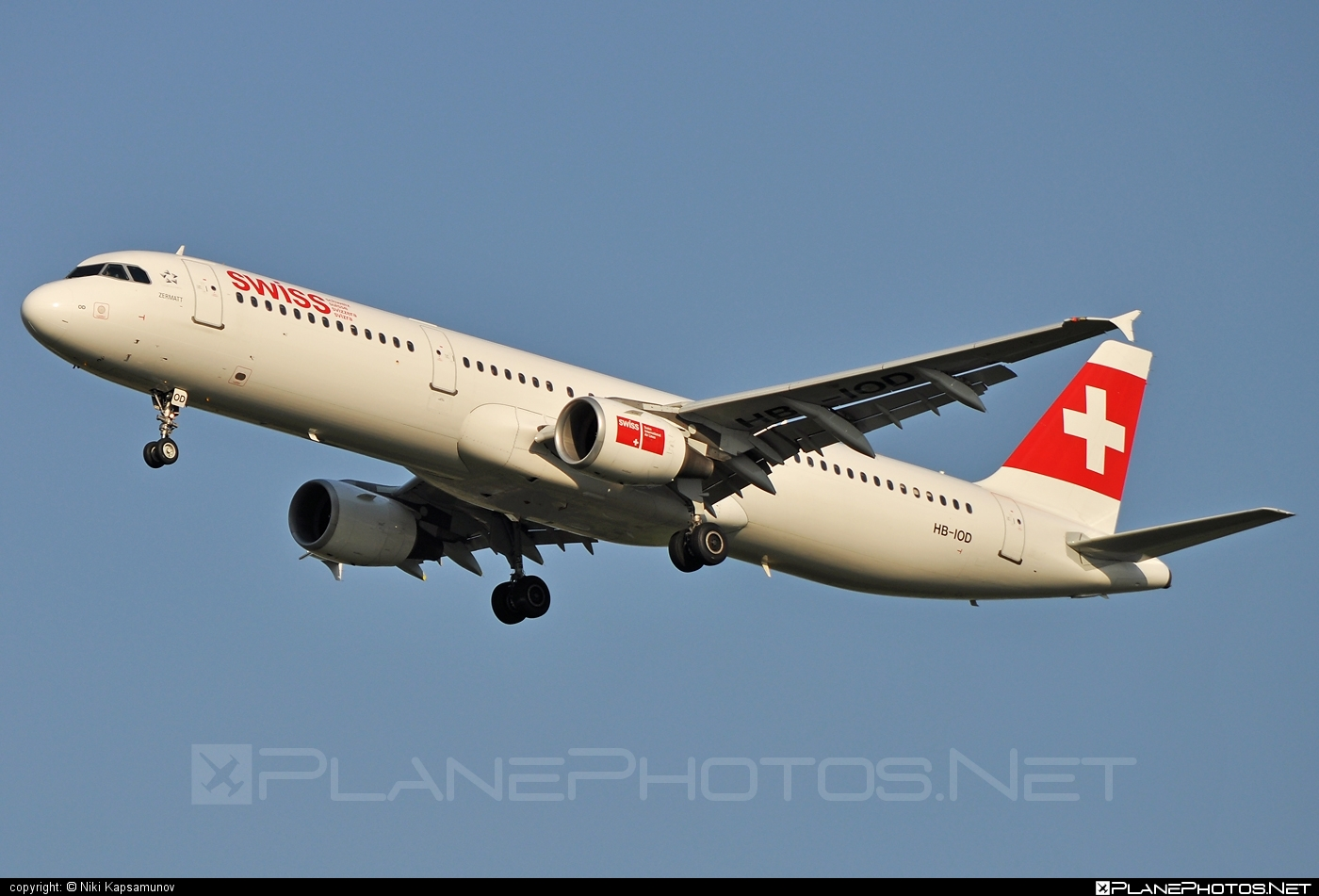 Airbus A321-111 - HB-IOD operated by Swiss International Air Lines #a320family #a321 #airbus #airbus321 #swiss #swissairlines
