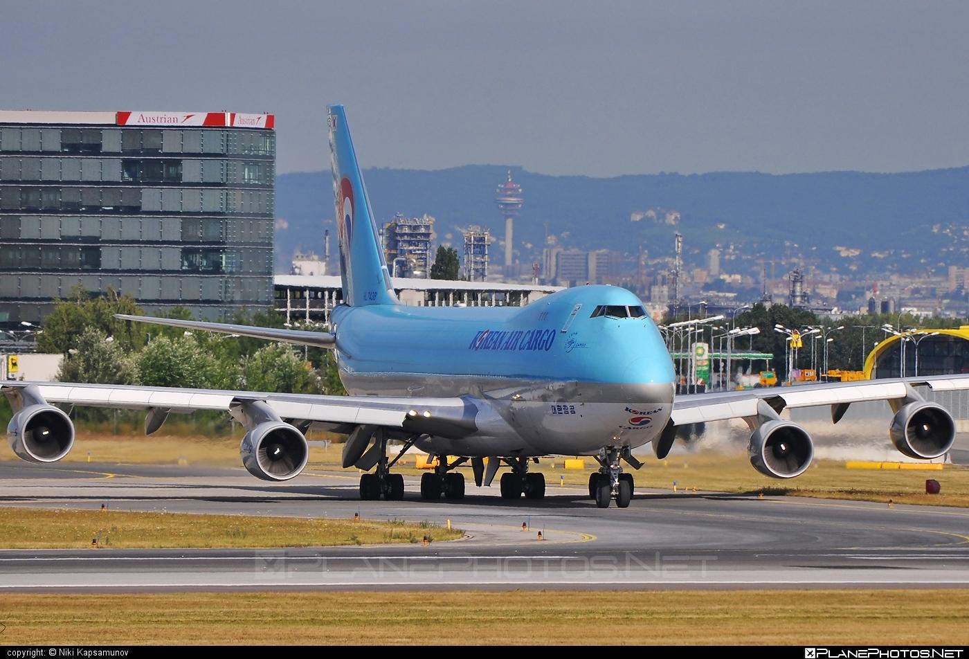 Boeing 747-400ERF - HL7438 operated by Korean Air Cargo #b747 #b747erf #b747freighter #boeing #boeing747 #jumbo #koreanair #koreanaircargo