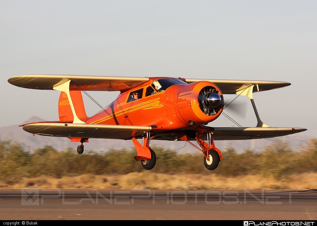 Beechcraft D17S Staggerwing - N44562 operated by Private operator #beech17 #beechcraft #staggerwing
