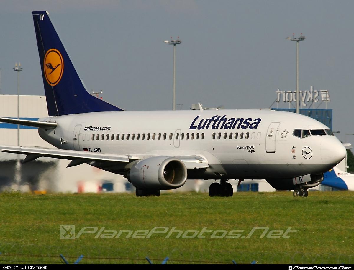 Boeing 737-500 - D-ABIY operated by Lufthansa #b737 #boeing #boeing737 #lufthansa