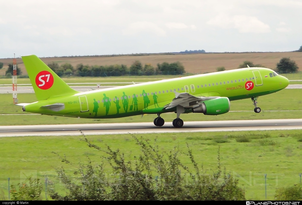 Airbus A320-214 - VQ-BES operated by S7 Airlines #a320 #a320family #airbus #airbus320