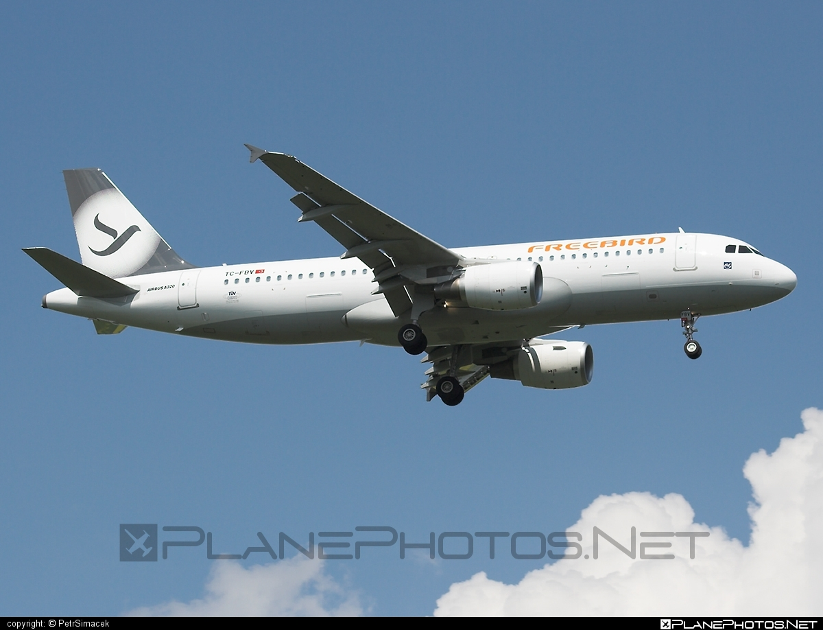 Airbus A320-214 - TC-FBV operated by Freebird Airlines #FreebirdAirlines #a320 #a320family #airbus #airbus320