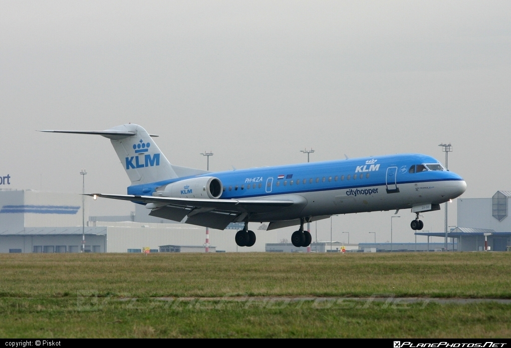 Fokker 70 - PH-KZA operated by KLM Cityhopper #fokker #klm #klmcityhopper