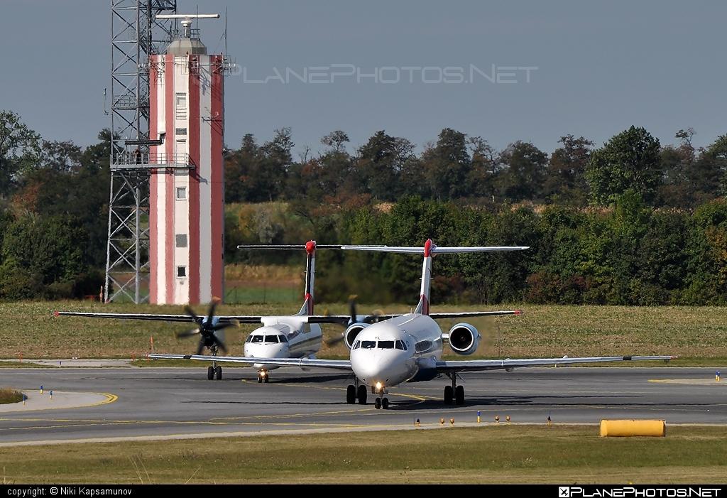 Fokker 70 - OE-LFL operated by Austrian arrows (Tyrolean Airways) #fokker #fokker70