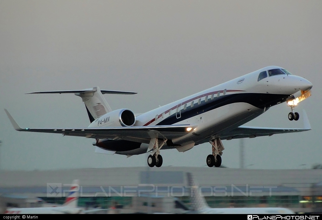 Embraer ERJ-135BJ Legacy - P4-MIV operated by Private operator #embraer #embraer135 #embraerlegacy #erj135 #erj135bj