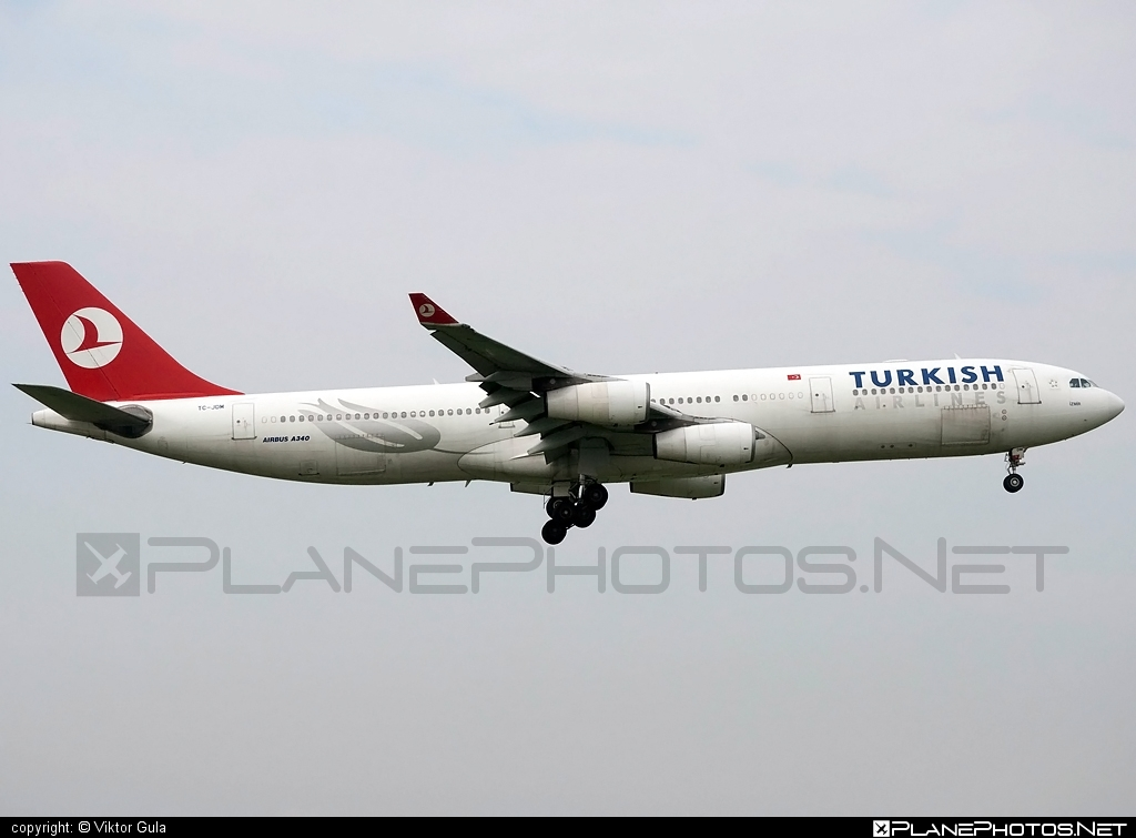 Airbus A340-313E - TC-JDN operated by Turkish Airlines #a340 #a340family #airbus #airbus340 #turkishairlines