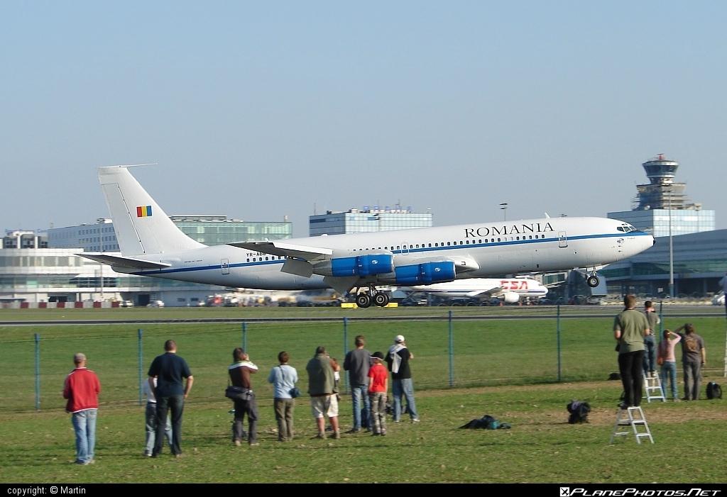 Forţele Aeriene Române (Romanian Air Force) Boeing 707-3K1C - YR-ABB #boeing