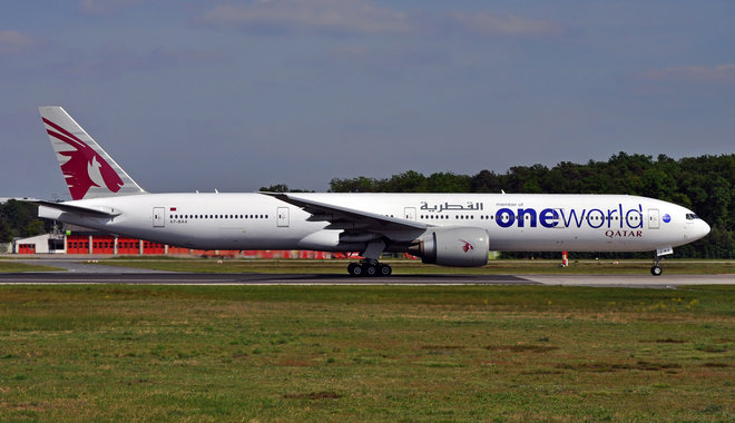 Qatar Airways Boeing 777-300ER - A7-BAA