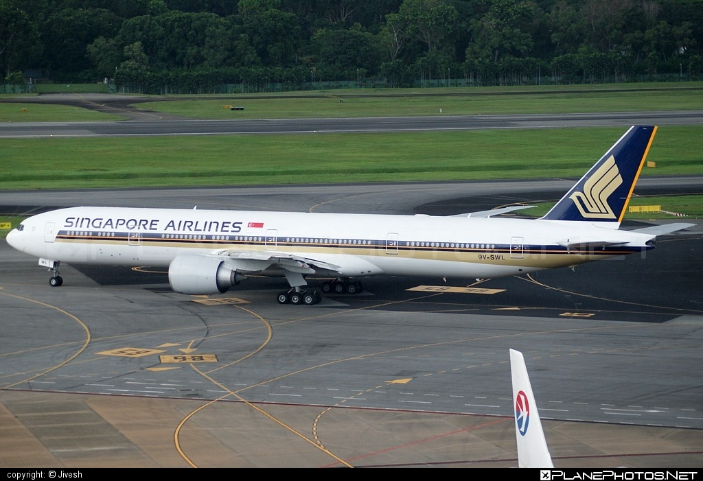 Boeing 777-300ER - 9V-SWL operated by Singapore Airlines #b777 #b777er #boeing #boeing777 #singaporeairlines #tripleseven