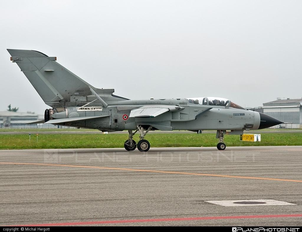 Panavia Tornado IDS - CSX7087 operated by Aeronautica Militare (Italian Air Force) #panavia #panaviatornado #tornadoids