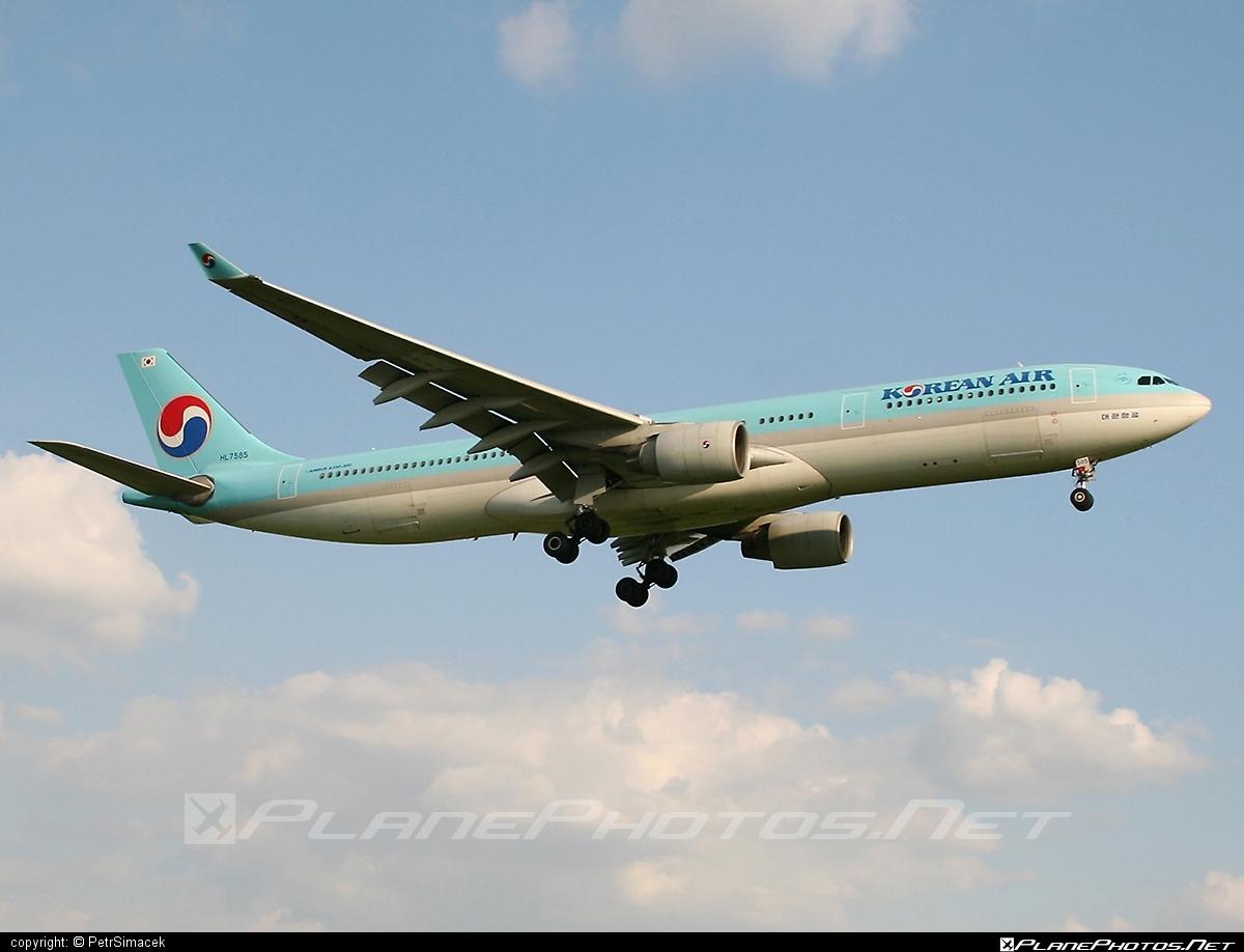 Airbus A330-323X - HL7585 operated by Korean Air #a330 #a330family #airbus #airbus330 #koreanair