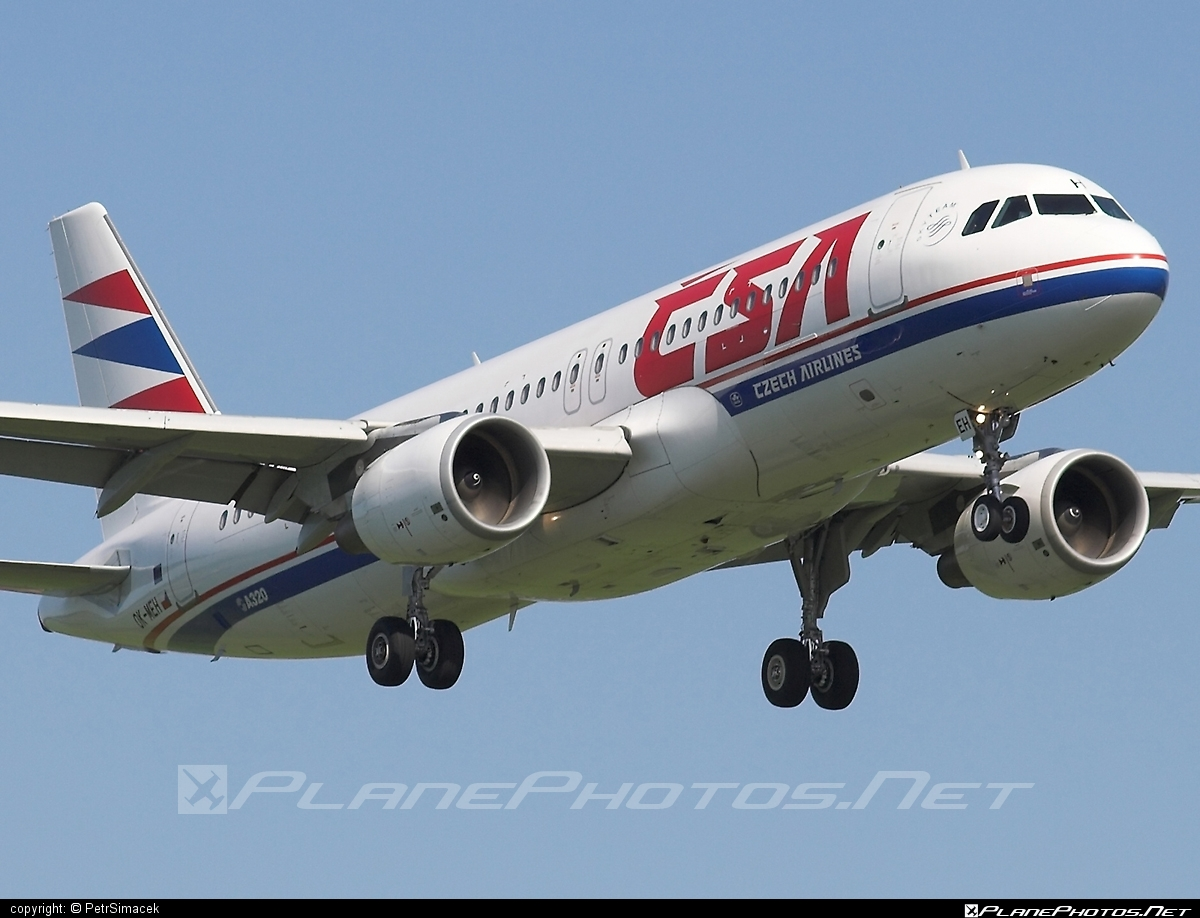 Airbus A320-214 - OK-MEH operated by CSA Czech Airlines #a320 #a320family #airbus #airbus320 #csa #czechairlines