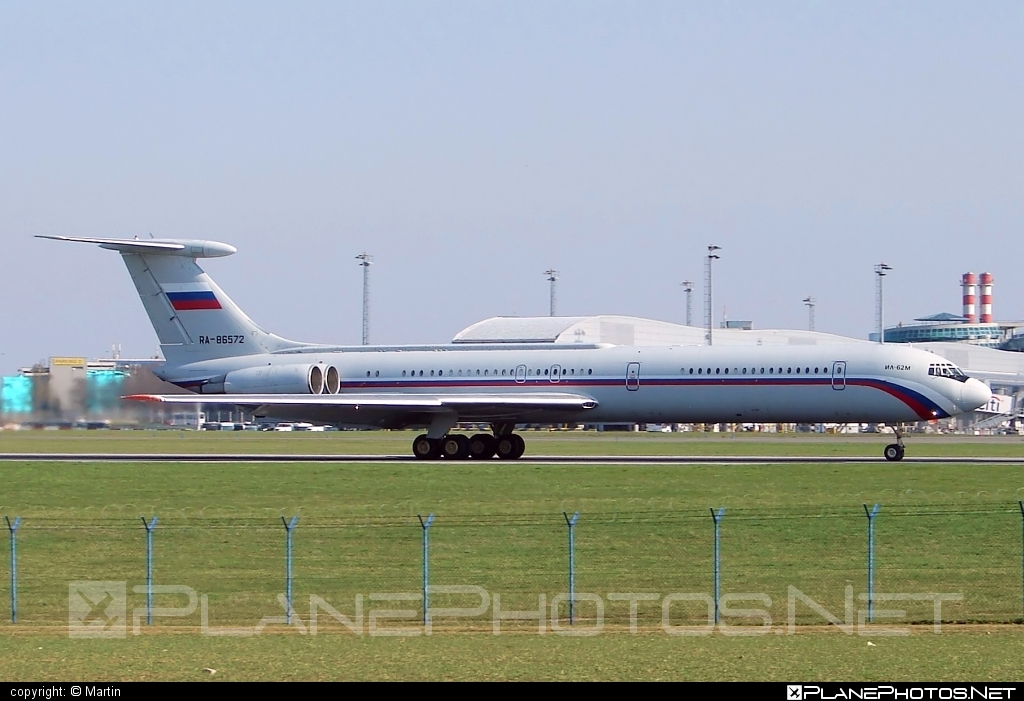 Ilyushin Il-62M - RA-86572 operated by Voyenno-vozdushnye sily Rossii (Russian Air Force) #il62 #il62m #ilyushin