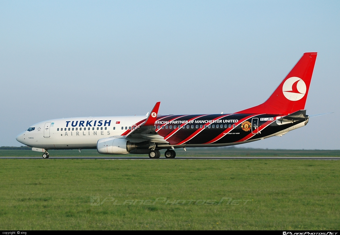 Boeing 737-800 - TC-JFV operated by Turkish Airlines #b737 #b737nextgen #b737ng #boeing #boeing737 #turkishairlines