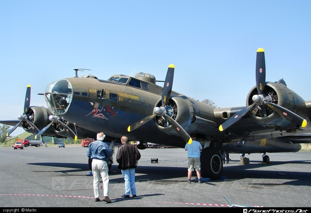 Boeing B-17G Flying Fortress - F-AZDX operated by Private operator #boeing