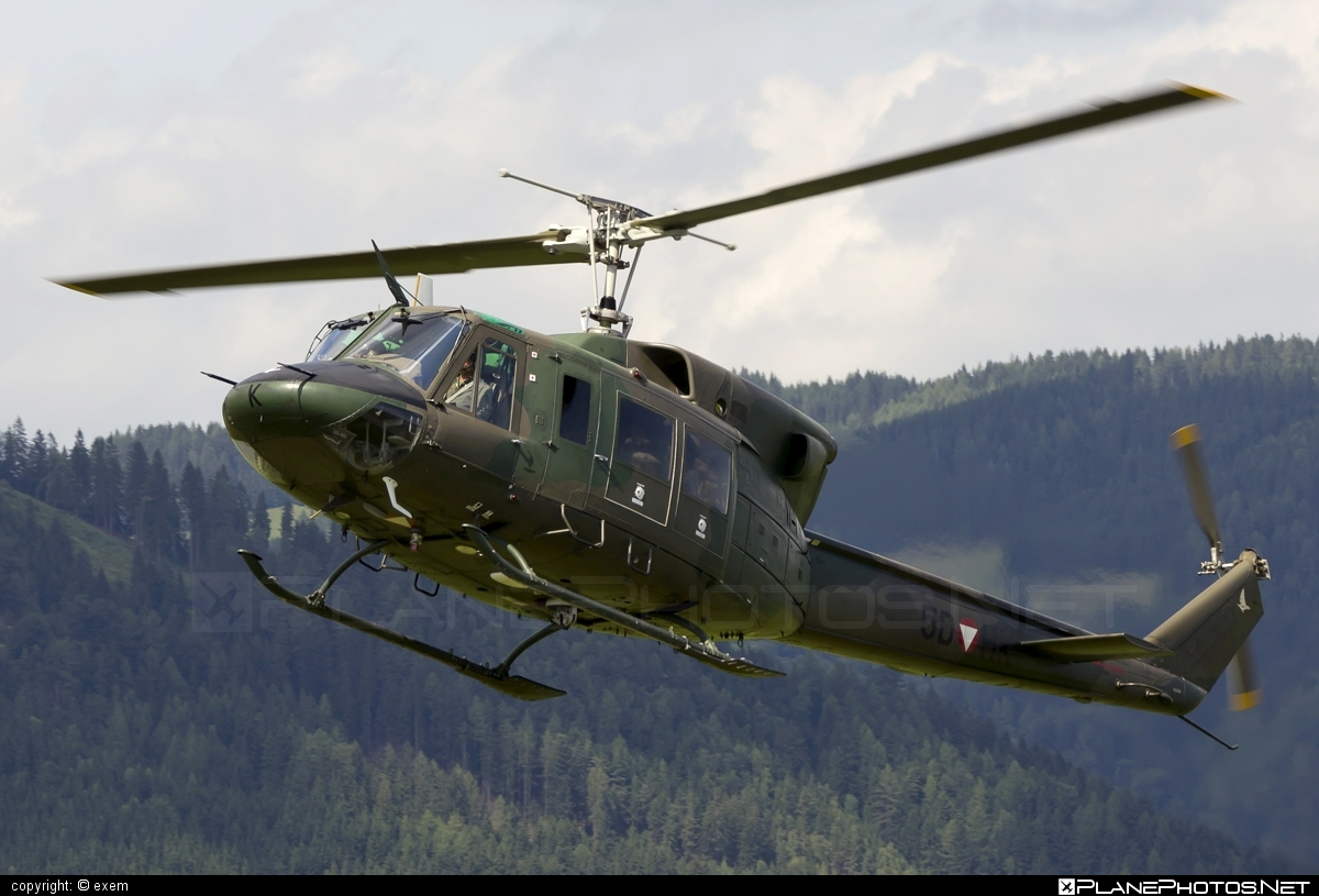 Agusta Bell AB-212 - 5D-HK operated by Österreichische Luftstreitkräfte (Austrian Air Force) #agustabell #austrianairforce