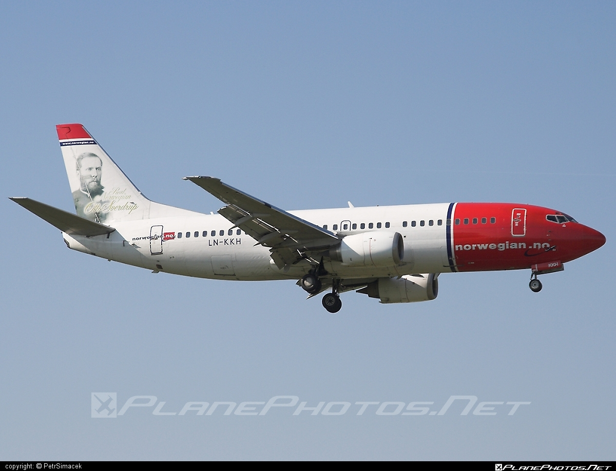 Boeing 737-300 - LN-KKH operated by Norwegian Air Shuttle #b737 #boeing #boeing737 #norwegian #norwegianair #norwegianairshuttle
