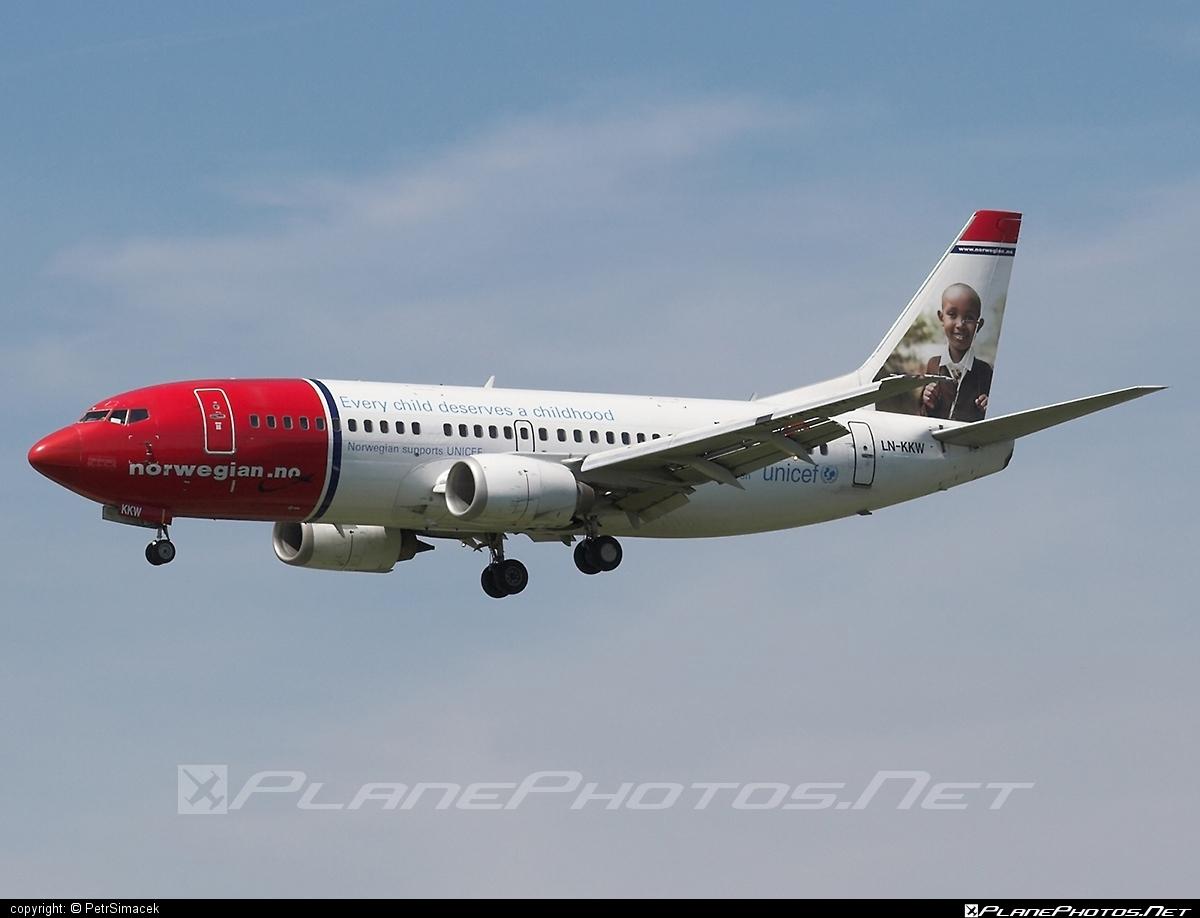 Boeing 737-300 - LN-KKW operated by Norwegian Air Shuttle #b737 #boeing #boeing737 #norwegian #norwegianair #norwegianairshuttle